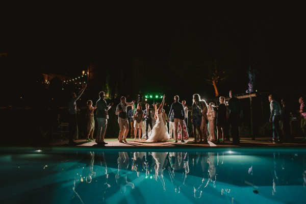 tuscan-country-chic-wedding-photography-open-field-ceremony-1163